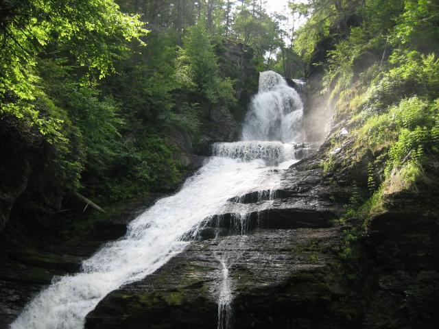 壁纸 风景 旅游 瀑布 山水 桌面 640_480